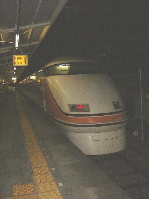 東武鉄道のフラッグトレイン「スペーシア」/これが新宿駅に現れることになる!?