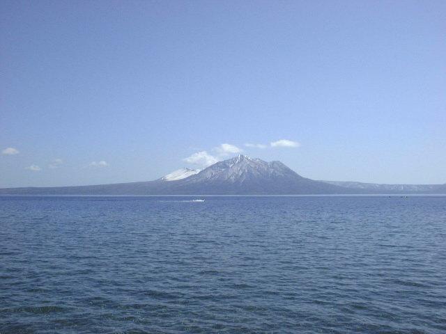 支笏湖と風不死岳(1)