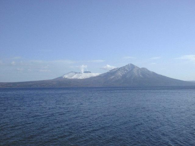 支笏湖と樽前山,風不死岳(2)