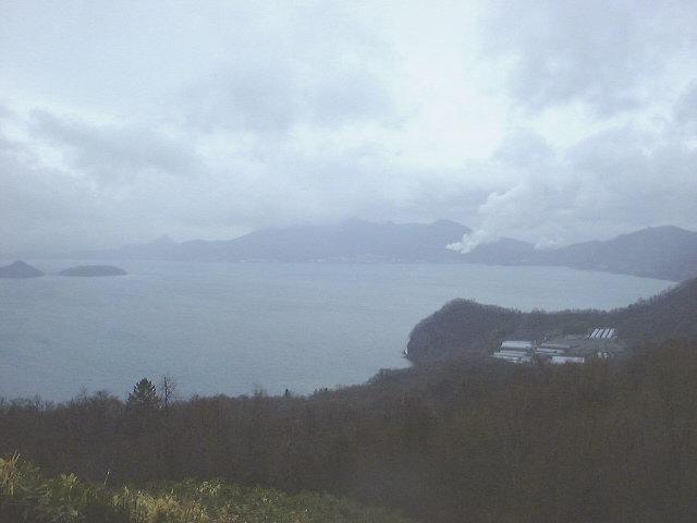 洞爺サイロ展望台からの洞爺湖と有珠山(2)