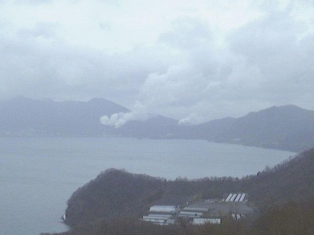 洞爺サイロ展望台からの洞爺湖と有珠山(3)