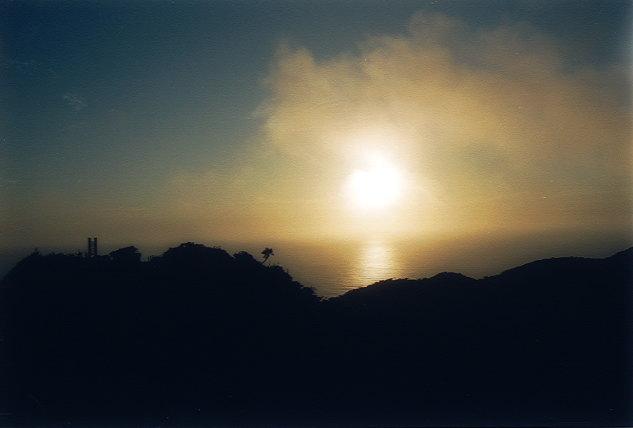 中央山展望台で朝日を拝む